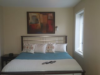 MULZAC FAMILY SUITE #1 /DUPLEX - Brooklyn vacation rentals