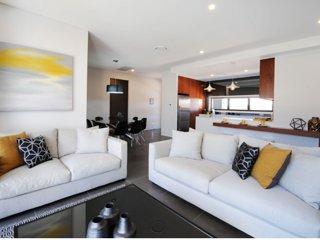 Kirsten Serviced Accommodation VICTORIA HOUSE - Mudgee vacation rentals