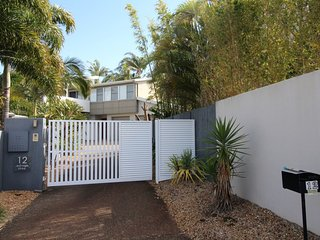 12 Edridge Street Shelly Beach QLD - Kings Beach vacation rentals