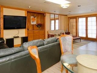 Almaden home, close to downtown San Jose - San Jose vacation rentals