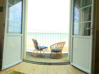 Bright 4 bedroom House in Bernieres-sur-Mer - Bernieres-sur-Mer vacation rentals