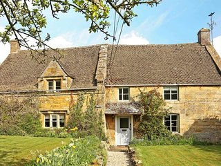 Lovely Cottage with Swing Set and Television - Aston Magna vacation rentals