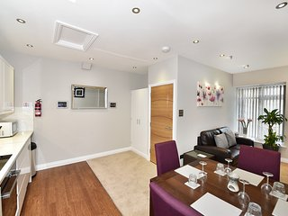 Number Six Self Catering Apartment - St Peter Port - Saint Peter Port vacation rentals