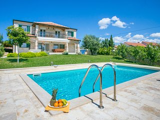 Modern Stone Villa Nika with Pool near the Sea - Tar vacation rentals