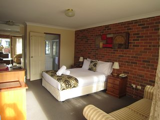 Comfortable 1 bedroom Bed and Breakfast in Lovedale - Lovedale vacation rentals