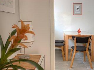 5 min WALK to CENTER, lovely & quiet apartment - Split vacation rentals