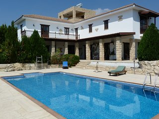 FABULOUS 4 BED VILLA WITH POOL & GARDENS -WEDDINGS - Limassol vacation rentals