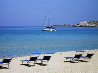 Studio à 50 m de la plage avec vue panoramique - Algajola vacation rentals