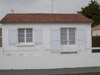 Romantic 1 bedroom House in Croix-de-Vie - Croix-de-Vie vacation rentals