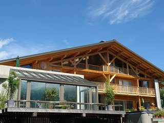 chalet de grand confort 17 personnes, piscine, spa - La Cote-d'Aime vacation rentals