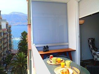 Scandinavian-style studio with balcony - Las Palmas de Gran Canaria vacation rentals