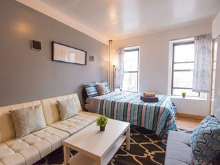 Perfect Condo with Internet Access and A/C - Birmingham vacation rentals