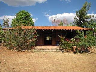 Chalé Vermelho - Beira do Almas no Sítio Lavrinhas - Pirenopolis vacation rentals