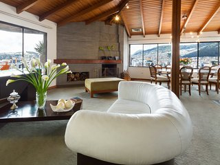 Luxury 2 bedroom penthouse in La Mariscal - Quito - Quito vacation rentals
