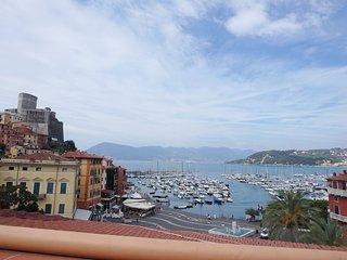 Laura Attic, Lerici - Cinque Terre - Lerici vacation rentals