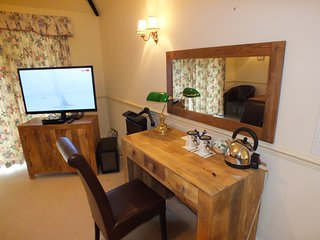 The Plough B&B - Four Poster Bedroom - Abingdon vacation rentals