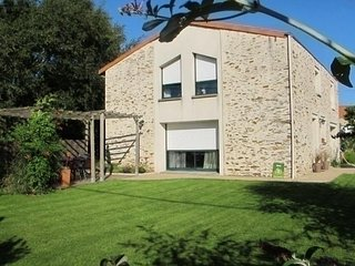 3 bedroom House with Internet Access in Saint-Julien-de-Concelles - Saint-Julien-de-Concelles vacation rentals