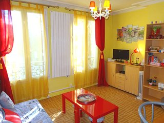 PARIS Appartment for 4 Pers. Nearly the Metro - Saint Ouen vacation rentals