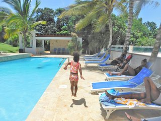Villa Bonita #2, Sleeps 14-16, pool, Jacuzzi, BBQ - Isabela vacation rentals