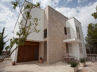 5 bedroom Villa with Internet Access in Sa Cabaneta - Sa Cabaneta vacation rentals