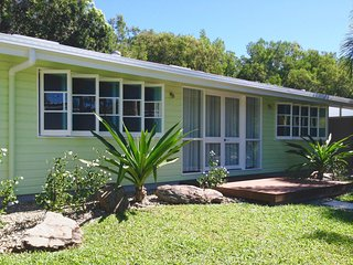 Lovely House with Internet Access and A/C - Wonga Beach vacation rentals