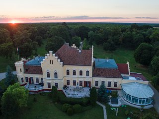 """POKVÁR castle"" an old mansion house, - Gyor vacation rentals"