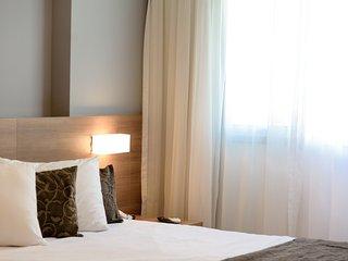 Amazing Suite, luxurious condominium, near Malls - Rio de Janeiro vacation rentals
