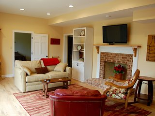 Lovely Guest Suite with beautiful views - Charlottesville vacation rentals