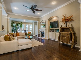 Posh, Fully Updated Home, near downtown Austin, TX - Austin vacation rentals