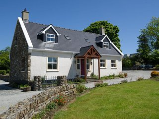Perfect Ramelton Cottage rental with Outdoor Dining Area - Ramelton vacation rentals