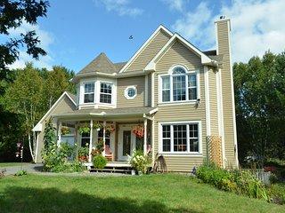 Tremblant 4BR Villa,Breakfast Incl.,Fit7-9,Pet Ok - Mont Tremblant vacation rentals