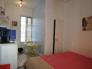 Studio rue de France - Nice vacation rentals