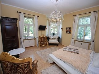 King Luitpold Apartment an der Therme - Bad Reichenhall vacation rentals