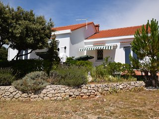 Detached house with private garden, terrace,BBQ - Mandre vacation rentals
