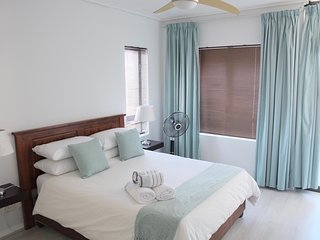 2 bedroom Suite with Table Mountain view - Cape Town vacation rentals