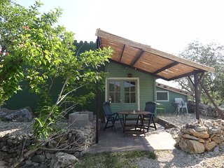Beautiful Cottage with Internet Access and Shared Outdoor Pool - El Perello vacation rentals