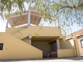Villa Celeste 2 appartamenti - Ispica vacation rentals