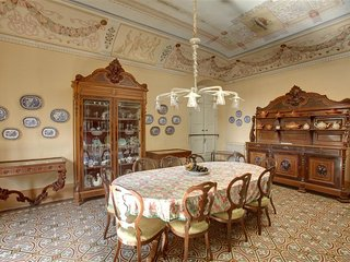 Nice 8 bedroom Villa in Empoli - Empoli vacation rentals