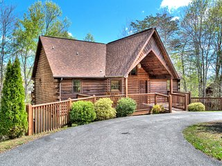 Smoochin Moose4BD 4BA*Winter Special Buy 2nts get 1Free, No holidays or Sp Event - Pigeon Forge vacation rentals