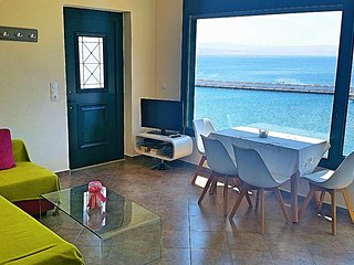 2 bedroom Condo with Housekeeping Included in Agia Galini - Agia Galini vacation rentals