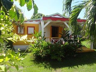 Gîte Zandoli Koko T2 Papaye - Sainte Anne vacation rentals