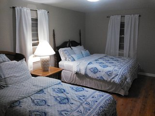 Comfortable Condo with Parking and A/C - Beaufort vacation rentals