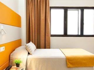 Small studio for 1 person near las canteras beach - Las Palmas de Gran Canaria vacation rentals