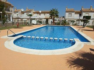 2 Bedroom Apartment with roof solarium. - Villamartin vacation rentals