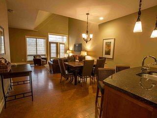 Luxury 3 Bedroom Canmore Condo with Amazing Amenities - Canmore vacation rentals