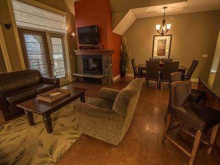 Canmore Luxury 3 Bedroom Premium Penthouse - Canmore vacation rentals