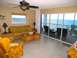 Outstanding Oceanfront Condo on the Beach!! - Marathon Shores vacation rentals