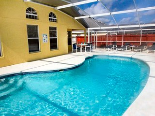 Gorgeous Primrose villa with secluded yard - Kissimmee vacation rentals