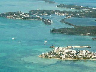 Osprey Nest Bahamas Beachside Home Sleeps6 Wifi TV - Green Turtle Cay vacation rentals