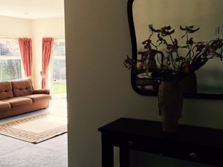 Nice 2 bedroom Christchurch Guest house with Internet Access - Christchurch vacation rentals